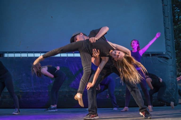 kids performing at dance camp